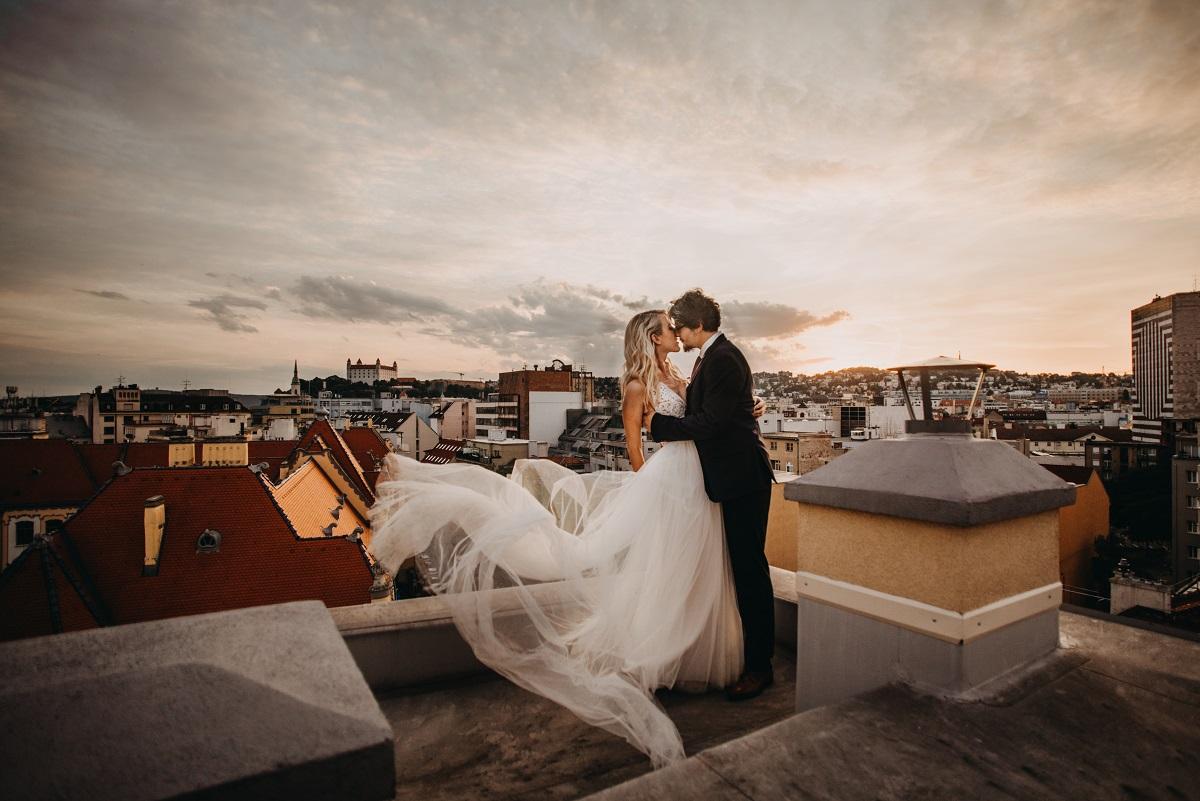 svadobné fotenie s výhľadom na Bratislavu
