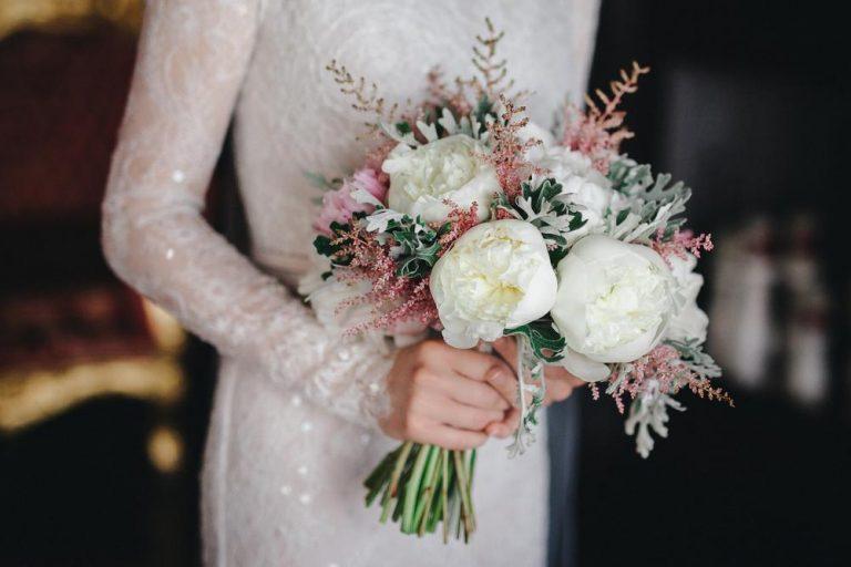pivonky v svadobnej kytici