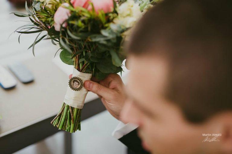 ako si na svadbe uctiť pamiatku na našich milovaných