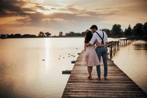 svadobné fotenie pri jazere