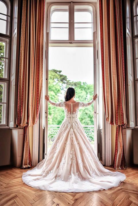 princeznovské svadobné šaty