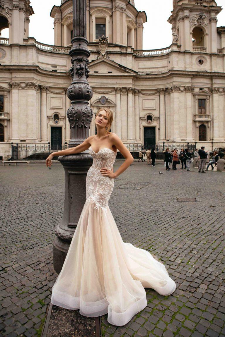 korzetové svadobné šaty v štýle morská panna