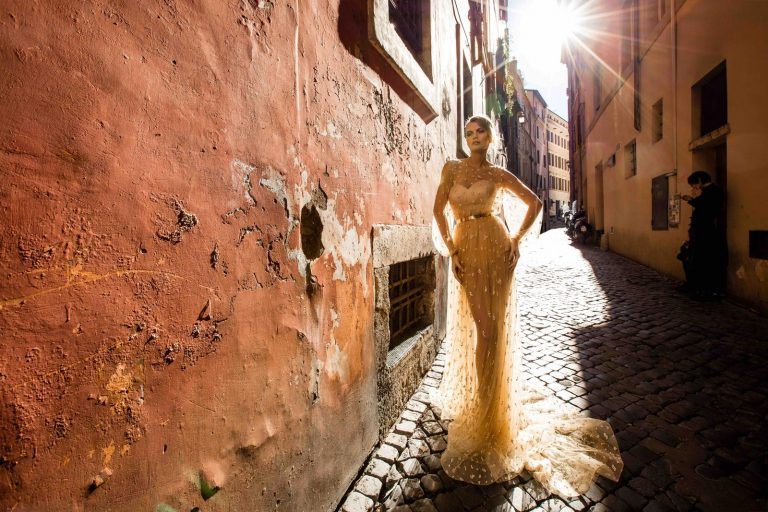 jemné svadobné šaty s krajkou