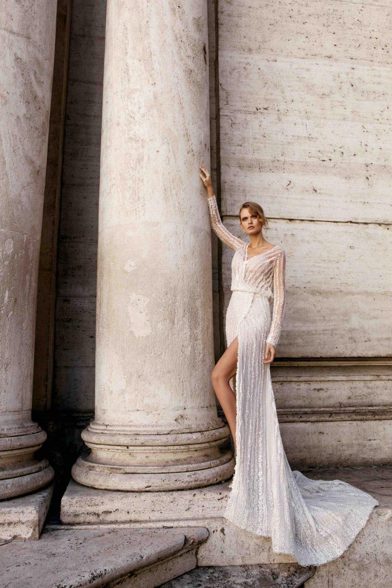 luxusné originálne svadobné šaty Innocentia s dlhým rukávom