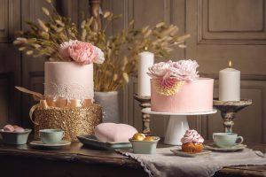 ružovo zlatá svadobná torta