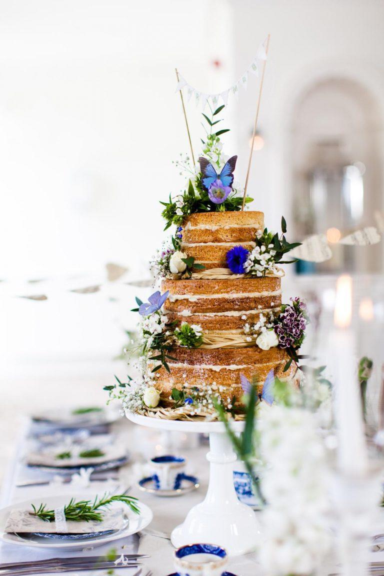 nahá naked svadobná torta