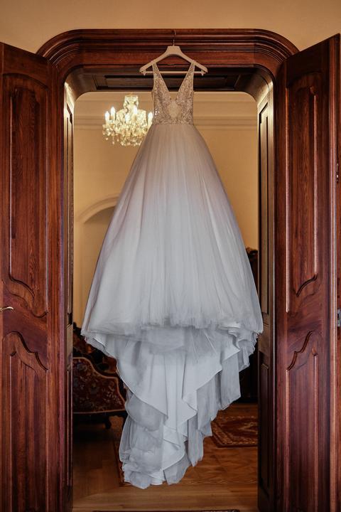 romantické svadobné šaty s tylovou sukňou