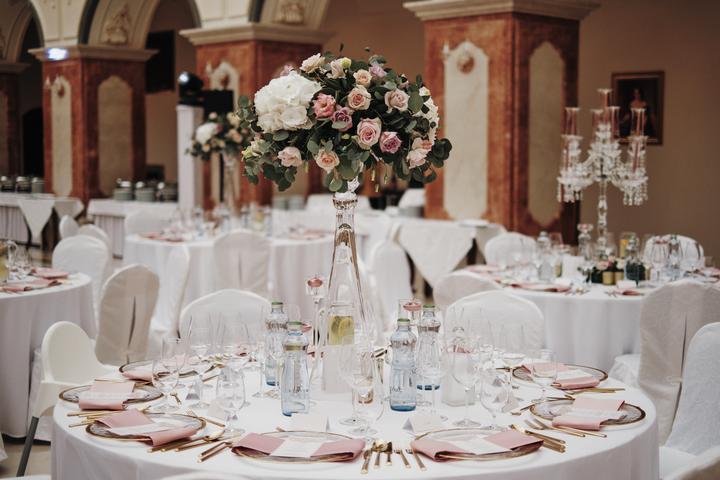 luxusná svadobná výzdoba s ružami