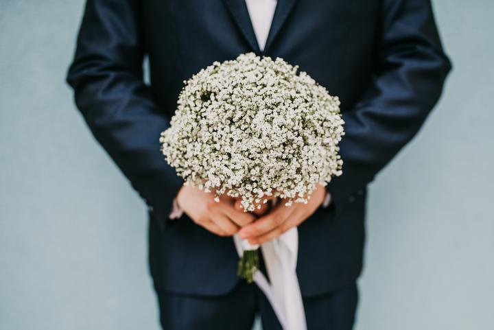 svadobná kytica z nevestinho závoja