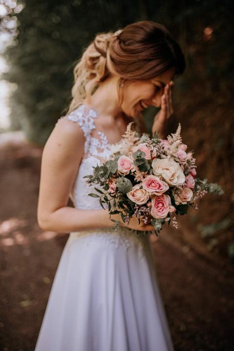 ružová svadobná kytica
