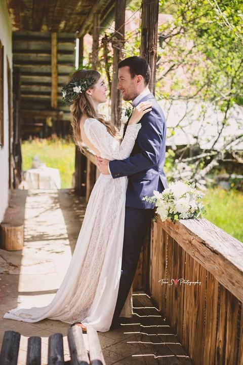 čipkované boho svadobné šaty