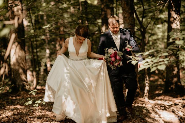 jednoduché, elegantné svadobné šaty
