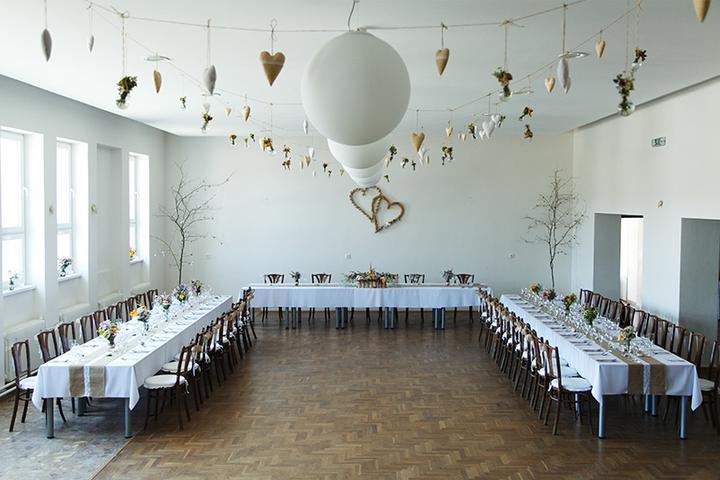 svadobná výzdoba v kultúrnom dome