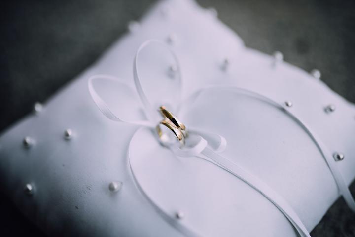 jednoduché svadobné obrúčky