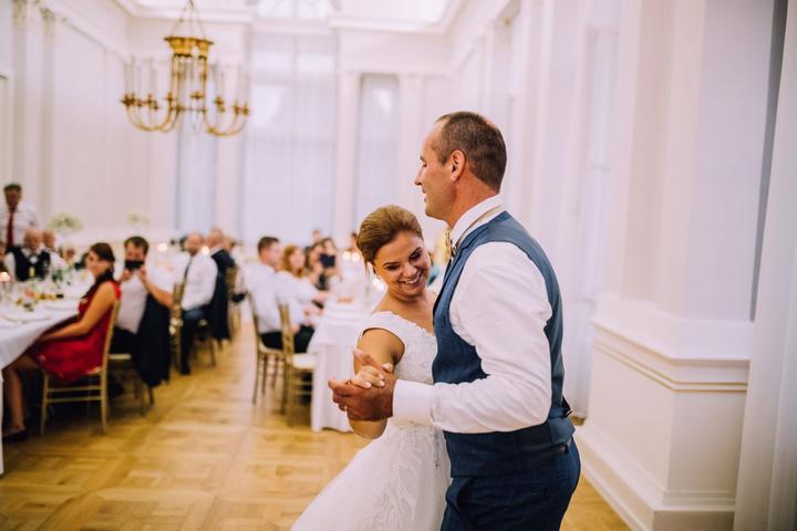 svadobná hostina na zámku v Topoľčiankach