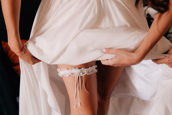 svadobný podväzok