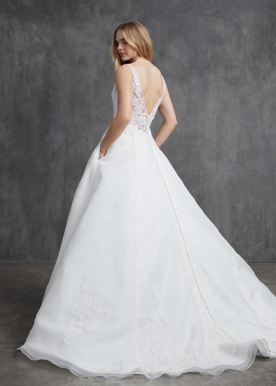 jednoduché svadobné šaty s čipkou Kelly Faetanini, model Dorothy
