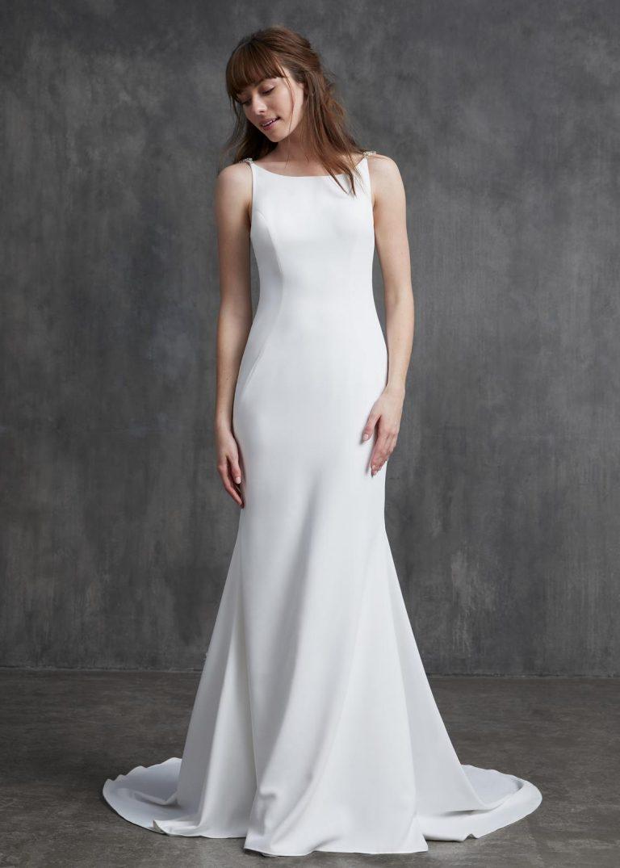 jednoduché svadobné šaty s dlhým rukávom Kelly Faetanini, model Elizabeth