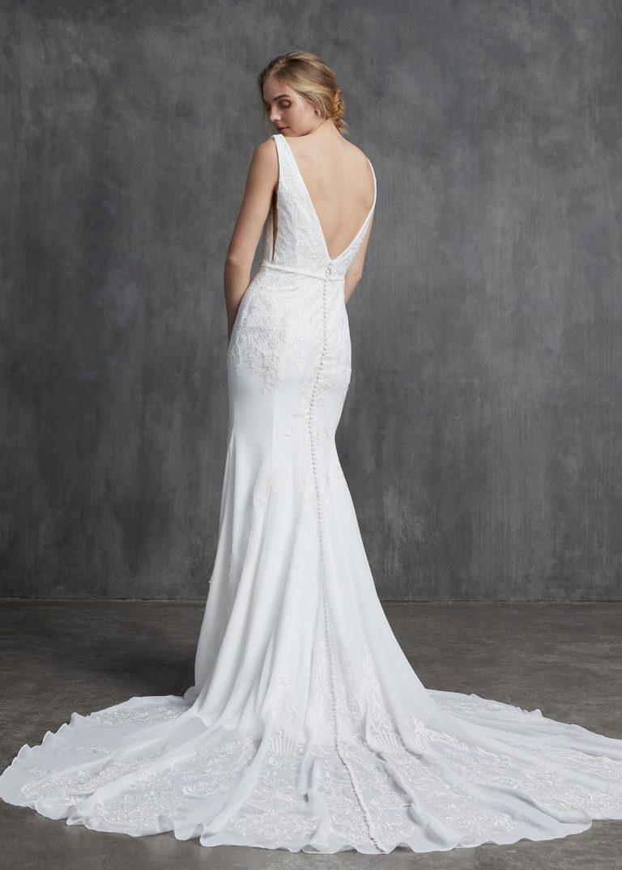 jednoduché vyšívané svadobné šaty Kelly Faetanini, model Thelma