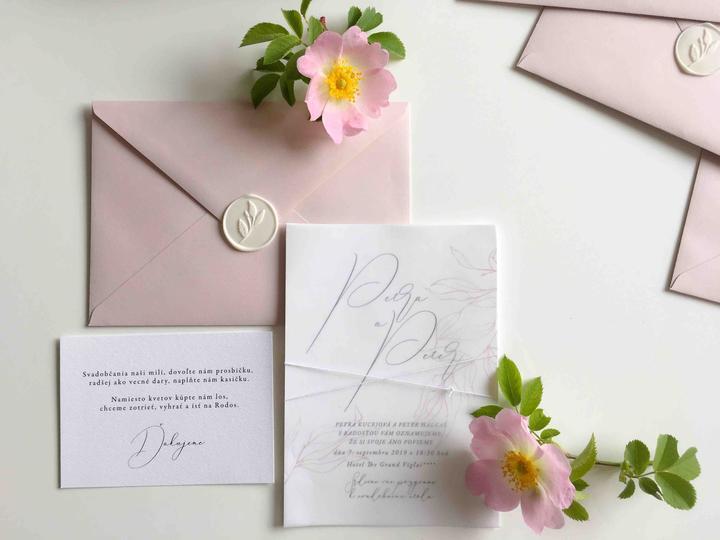 svadobné oznámenie v pudrovej ružovej