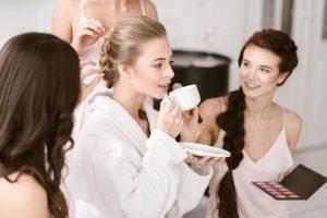 príprava nevesty počas svadobného dňa