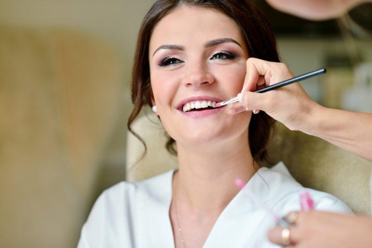 Svadobný makeup: Vďaka týmto tipom ti vydrží celý deň