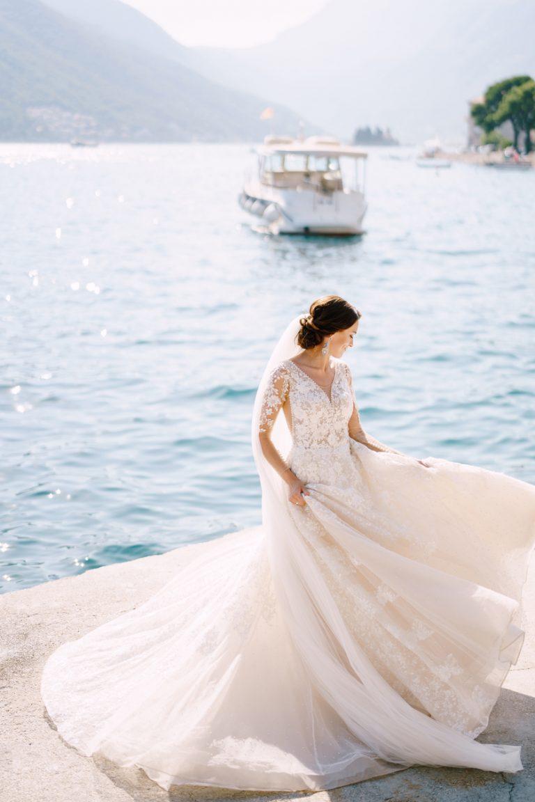 svadobné šaty na plážovú svadbu