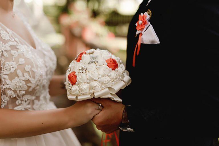 umelá svadobná kytica