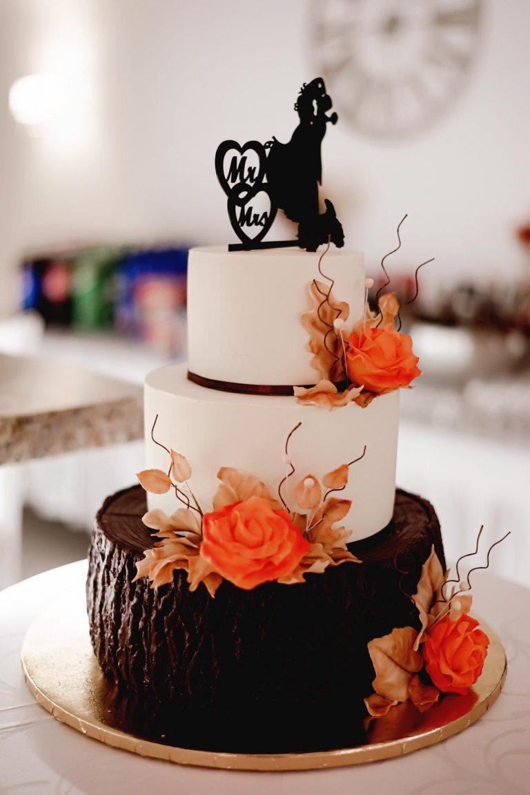 netradičná jesenná svadobná torta